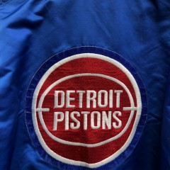 vintage 90's Detroit Pistons Starter back patch Satin NBA jacket Size Large