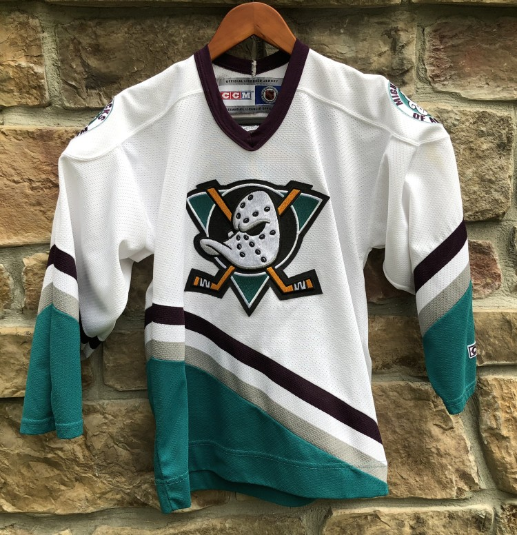 Vintage 90 s Anaheim Mighty Ducks CCM nhl jersey youth size large XL 9f23f58fd