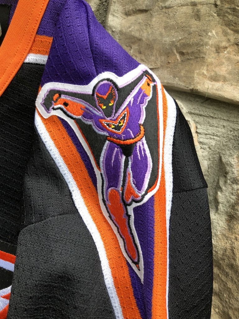 vintage 90 s Philadelphia Phantoms SP AHL hockey jersey youth size Large XL 752803e67