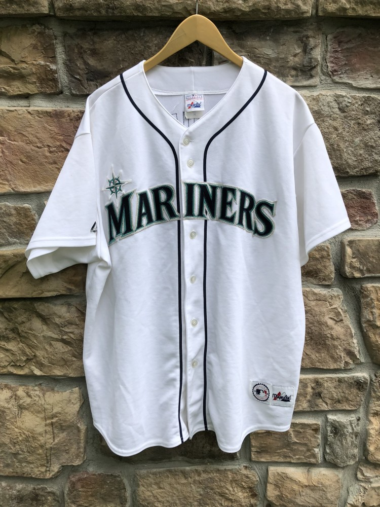 vintage 2001 Seattle Mariners Ichiro Majestic MLB jersey size XL 7a723e5df
