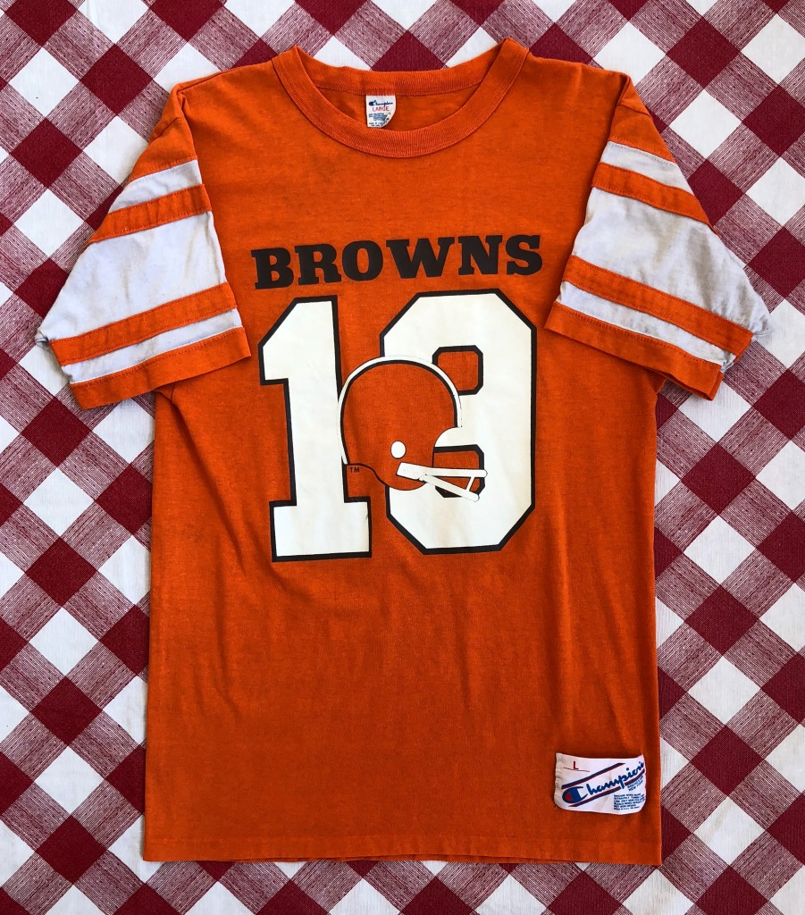 uk availability 8b22d 7a7f8 80's Cleveland Browns Bernie Kosar Champion NFL Helmet T-Shirt