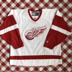 vintage 90's  Detroit Red Wings CCM NHL hockey jersey size XXL