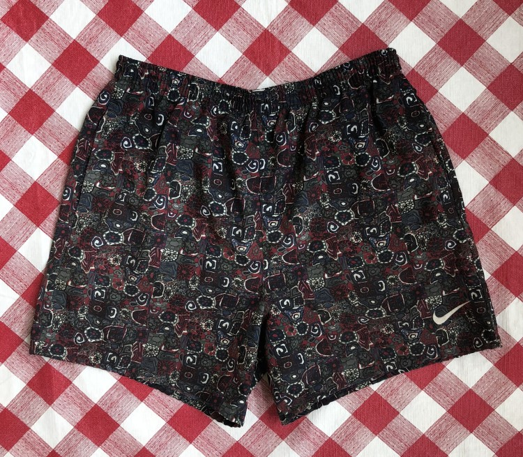 f0ad532d9c vintage 90's Nike Swim trunks pattern size large
