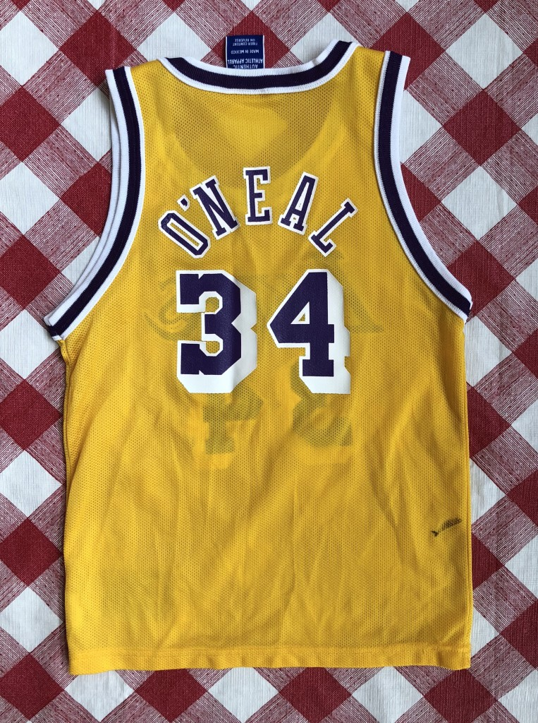 vintage 90 s Shaq Los Angeles Lakers Champion NBA jersey size youth small 5bd6fbb53