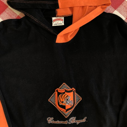 vintage 90's Cincinnati Bengals Nutmeg mills hooded color block long sleeve shirt size XL