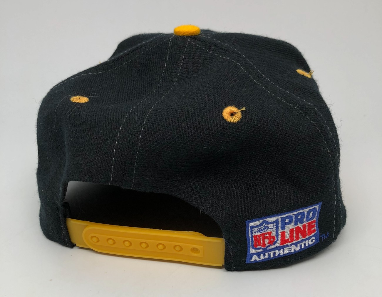 af2021e2 90's Pittsburgh Steelers Logo Athletic Sharktooth NFL Snapback Hat ...