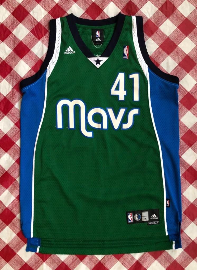 7056d8a7a32 2006 Dirk Nowitzki Dallas Mavericks Green Alternate Adidas NBA Jersey Size  Medium | Rare Vntg