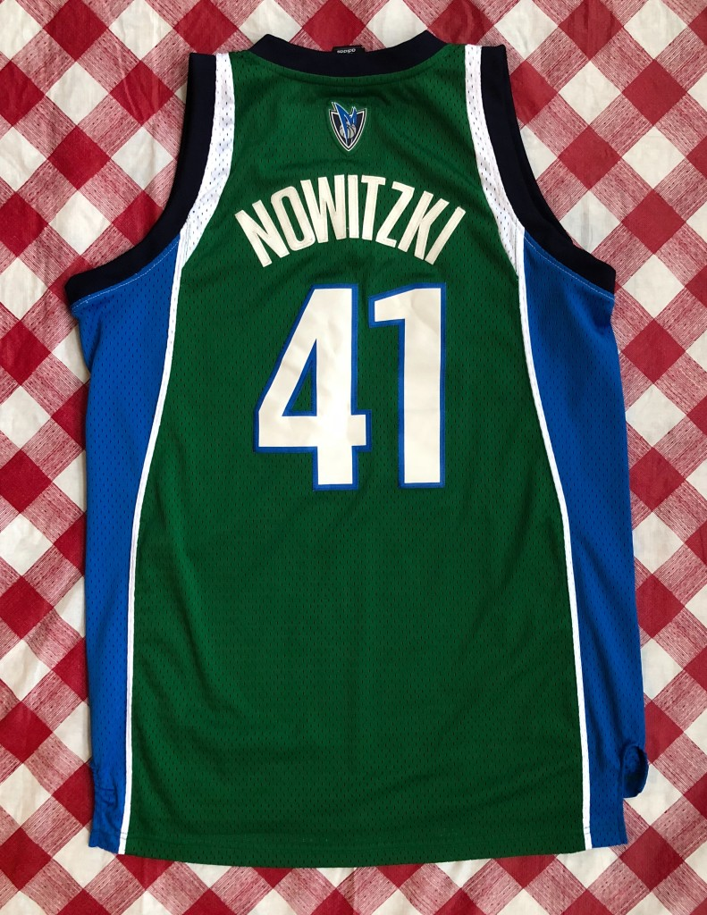 e219e90d04f ... italy 2006 dirk nowitzki dallas mavericks green alternate adidas nba  jersey size medium ed238 5f2dd