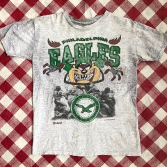 1992 Philadelphia Eagles Tasmanian Devil Looney Tunes NFL T-Shirt