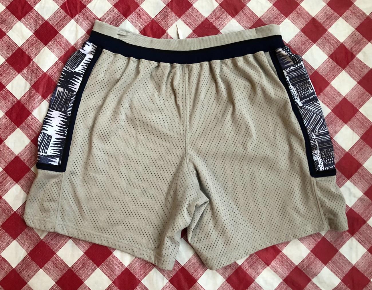 b75eb08b39ce 90 s Georgetown Hoyas Authentic Nike NCAA Shorts Size XXL