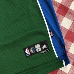 2006 Dirk Nowitzki Dallas Mavericks Green Alternate Adidas NBA Jersey Size Medium