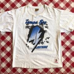 90's Tampa Bay Lightning Kick Ice Nutmeg NHL T-Shirt Size XL