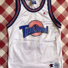 1996 Lola Tune Squad Space Jam Jersey Youth Size Medium