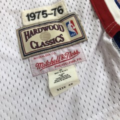 1975-76 George McGinnis Philadelphia Sixers 76ers Mitchell & Ness NBA Jersey Size 48