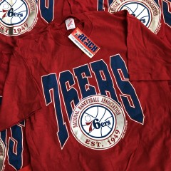vintage deadstock 1990 philadelphia 76ers sixers trench nba t shirt size L/XL