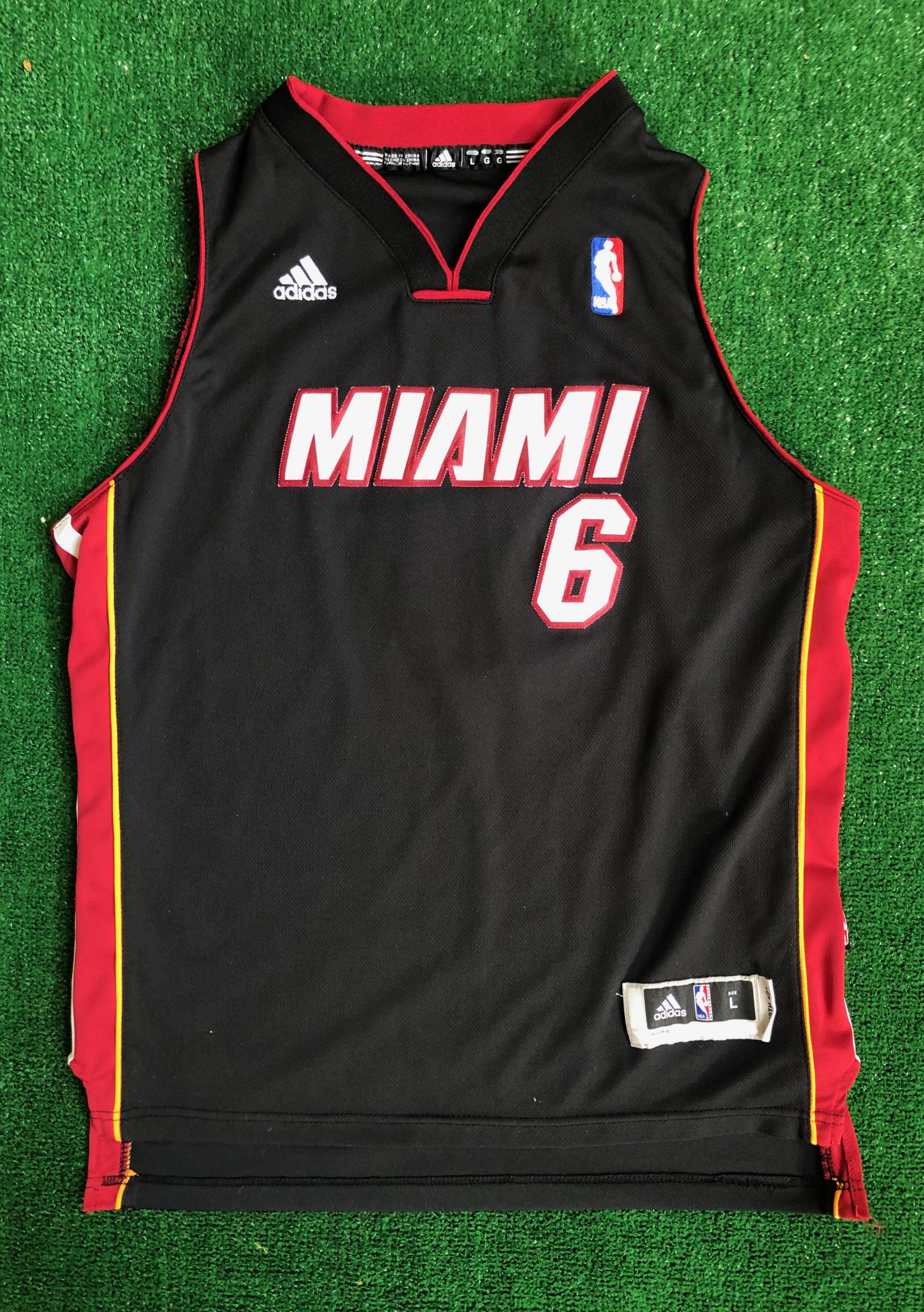 2010 LeBron James Miami Heat Adidas Swingman NBA Jersey Youth Large